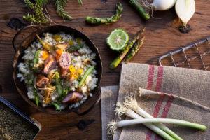 Risotto de verduras de temporada con longanizas Pueblo Serrano