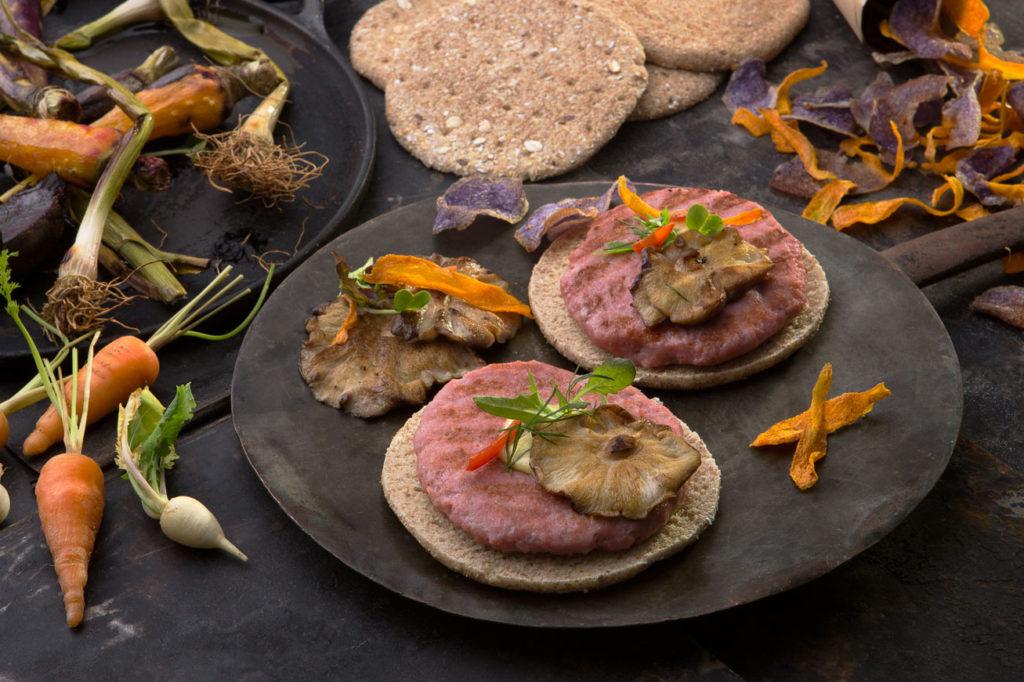 Burger Carne 100% de Pavo y Pollo con shitake, vegetales y chips