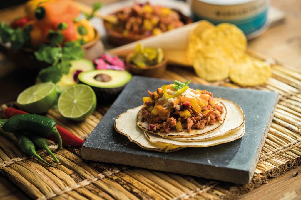 Barquitas mexicanas de Picada Carne 100% de Pavo y Pollo, con mole
