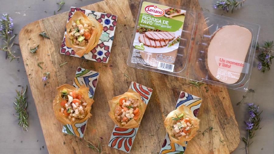 Tartaleta de Pechuga de Pavo a las Finas Hierbas de Un Momento y Listo con verduras